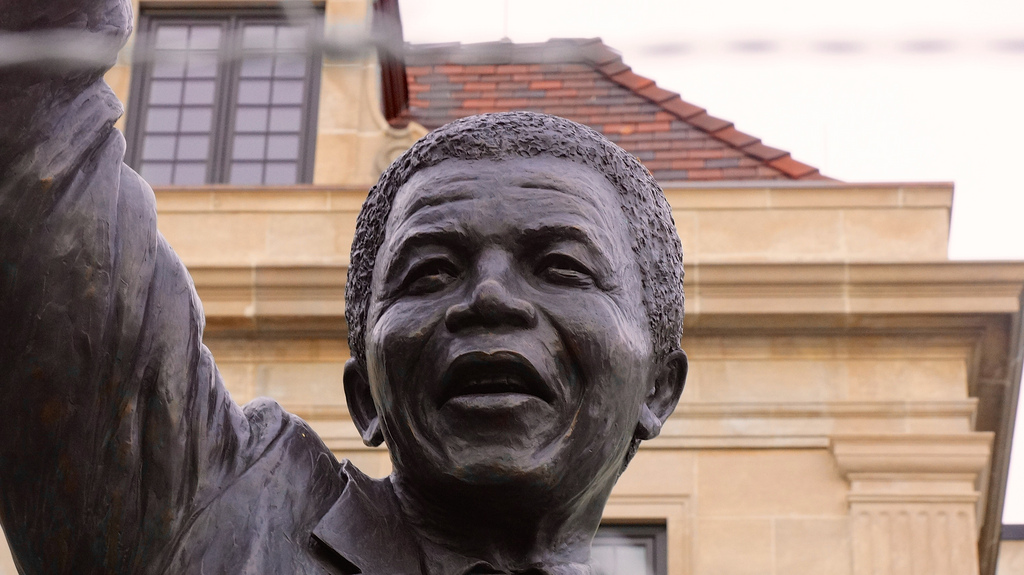 Nelson Mandela Statue - South African Embassy 34018
