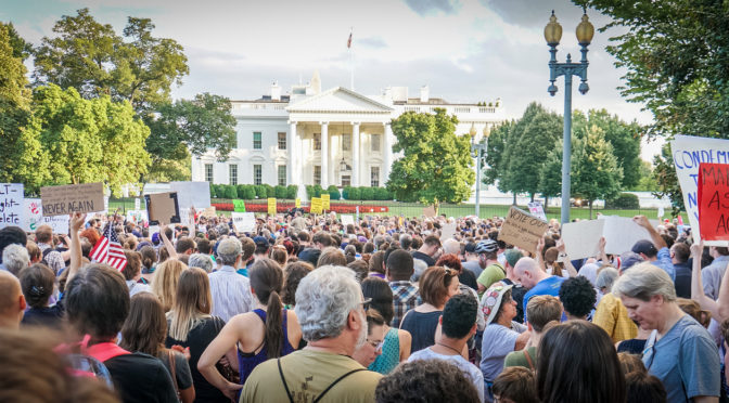 2017.08.13 Charlottesville Candlelight Vigil, Washington, DC USA 8050